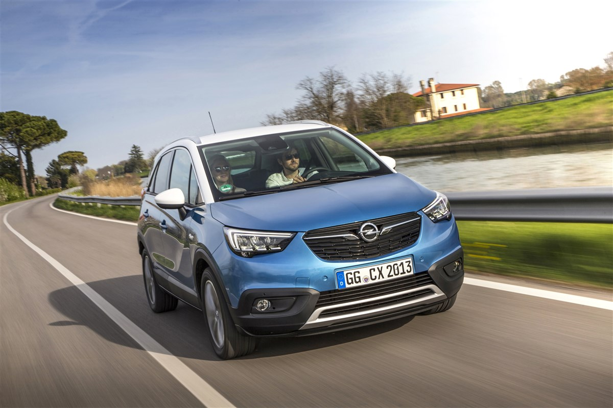 Opel Crossland X 1.5 ecotec Innovation s&s 120cv auto my20